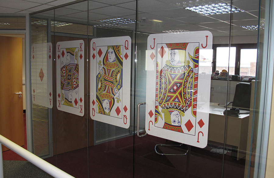 cards window